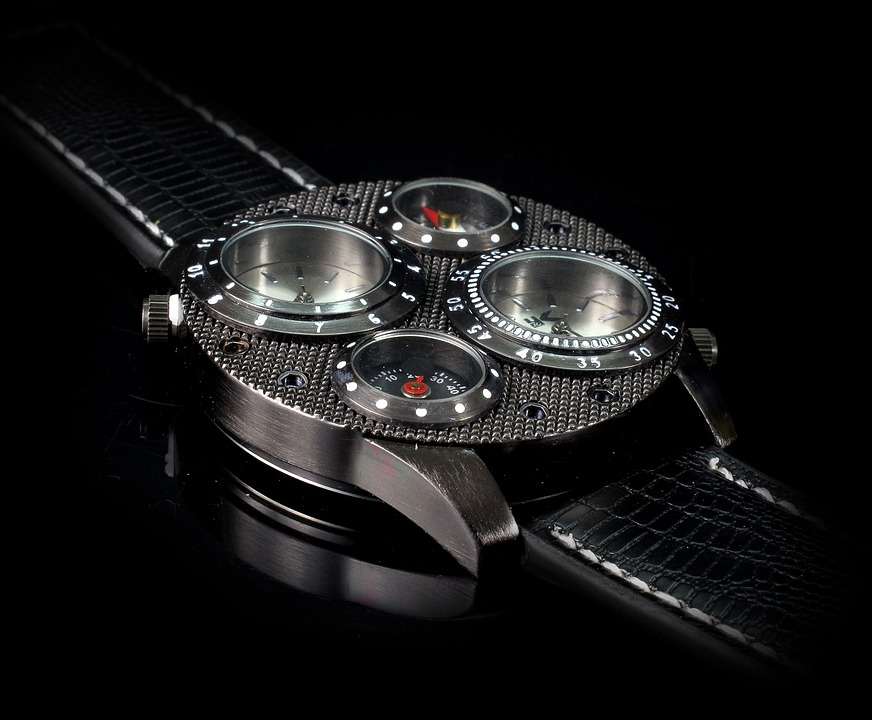 solar atomic watches