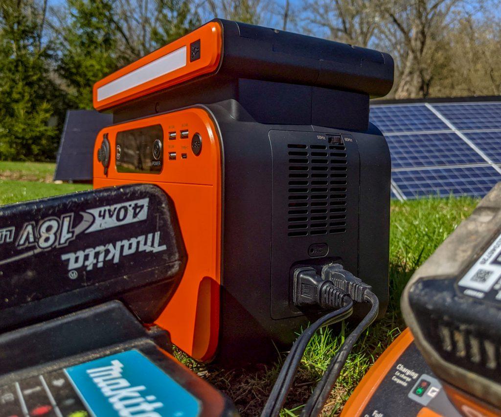 Ampericon 500w Solar Generator AC output